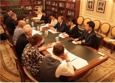 이석배 대사, 러시아 문화부 차관 면담